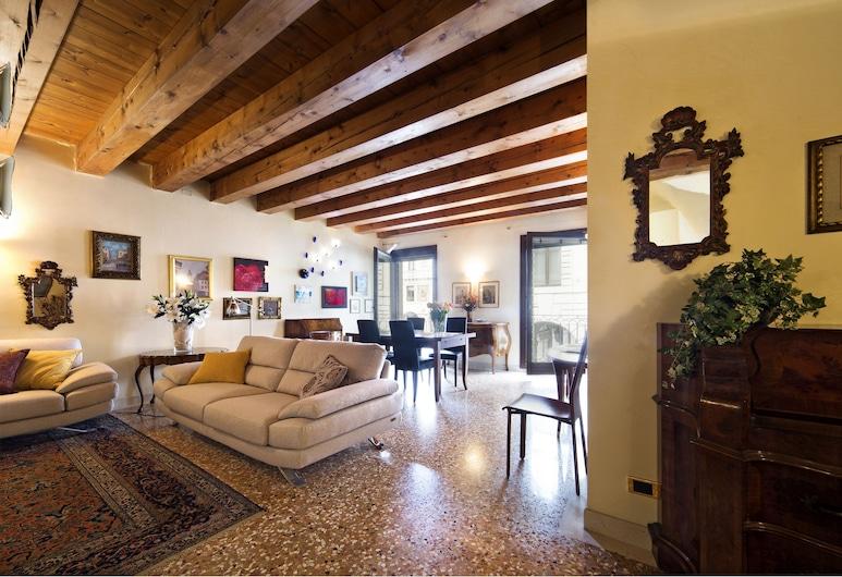 Padovaresidence Palazzo della Ragione, Padua, Luxury-Apartment, 2Schlafzimmer, Wohnbereich