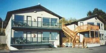 Van Riper's Resort, Sekiu