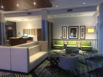 Picture of Holiday Inn Express & Suites Charleston NE Mt Pleasant US17 in Mount Pleasant