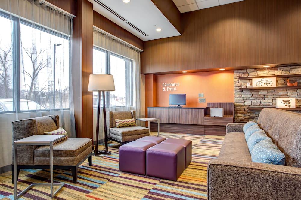 Fairfield Inn & Suites Springfield Holyoke, Holyoke