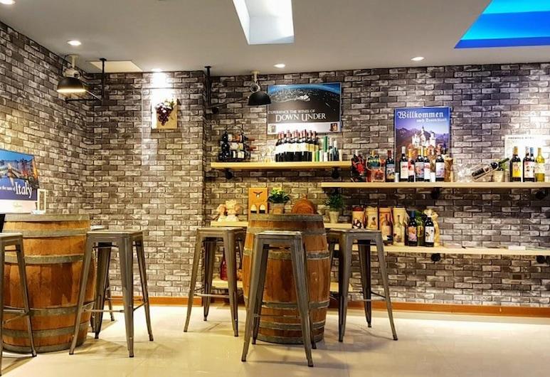 Macchi Hotel, Tchaj-pej, Hotelový salónik