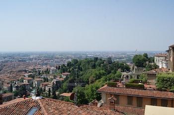 Picture of La Luna Blu in Old Town in Bergamo