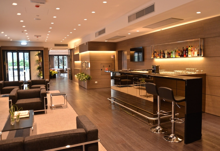 Hotel Forum, Baranzate