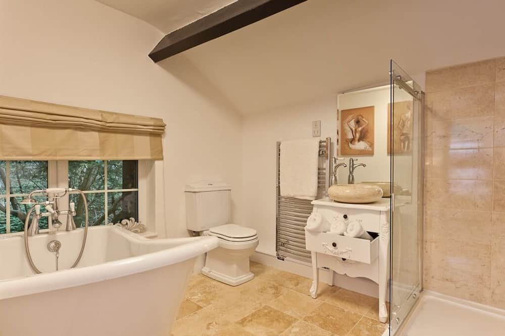 Luxury Double Room, Ensuite (Marble) - Bathroom
