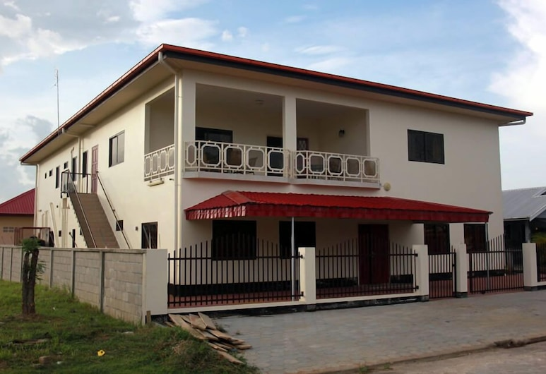 Arcton Apartments, Paramaribo