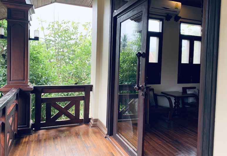 Maison Vongprachan Hotel, Luang Prabang, Deluxe Double with Balcony, Gjesterom