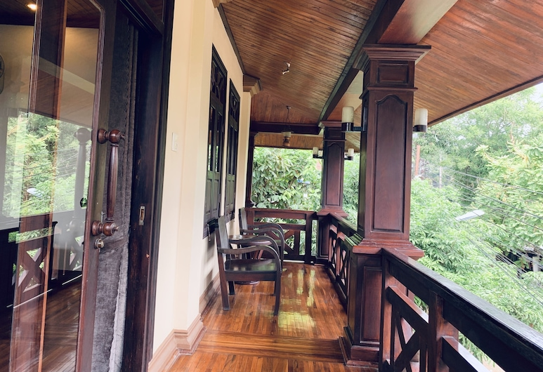 Maison Vongprachan Hotel, Luang Prabang, Deluxe Double with Balcony, Guest Room