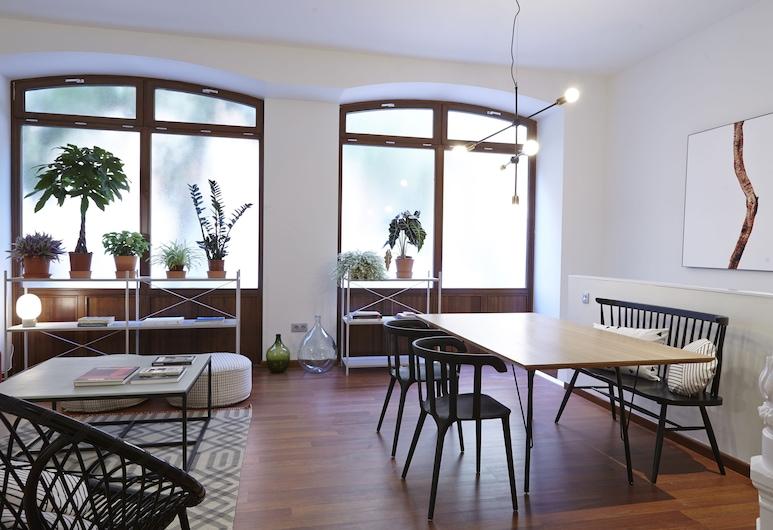 60 Balconies Recoletos, Madrid, Duplex, 2 Bedrooms (1-2 people), Living Room