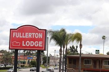 Top 10 Cheap Hotels in Fullerton from $47/night | Hotels com