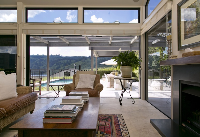 The Point Villas, Taupo, Ngahere Three-Bedroom Villa with Private Pool, Living Area