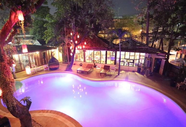 JP 精品飯店, 清邁, 室外游泳池