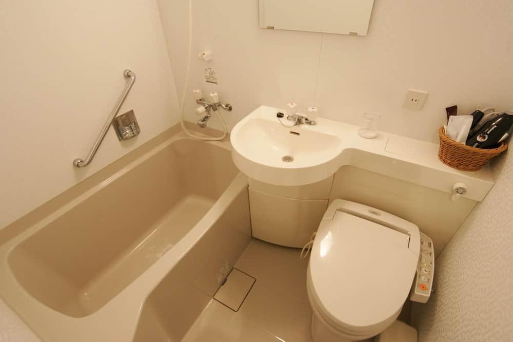 Tuba, suitsetamine lubatud (Semi Double, Unit Bath) - Vannituba