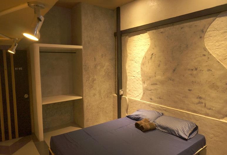ハイブ 28, バンコク, Standard Room with Air and Balcony, 部屋