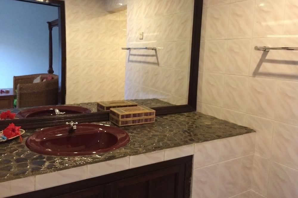 Standard Δωμάτιο - Παροχές μπάνιου