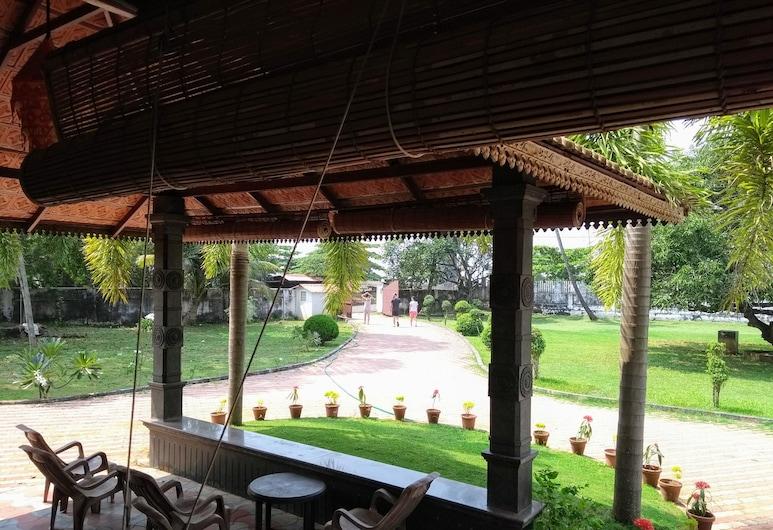 Baywatch Beach Resort, Alappuzha, Deluxe-værelse - 3 soveværelser - strandudsigt, Opholdsområde