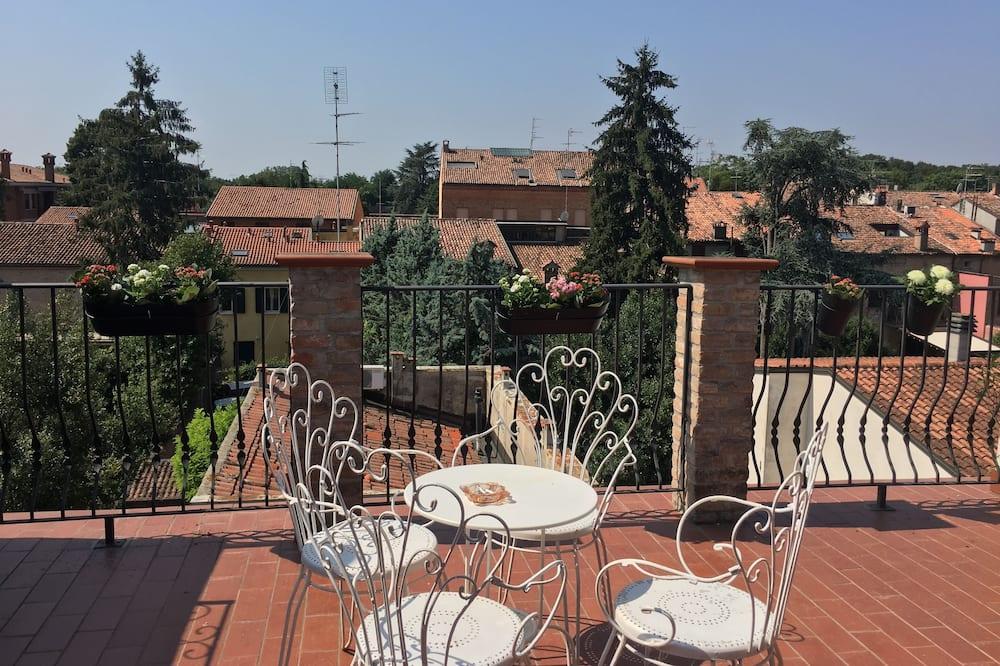 Habitación triple, terraza - Terraza o patio