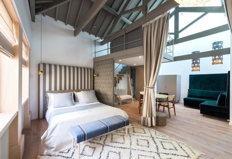 チャーム パレス, ポルト, デザイン スタジオ クイーンベッド 1 台ソファーベッド付き, 客室