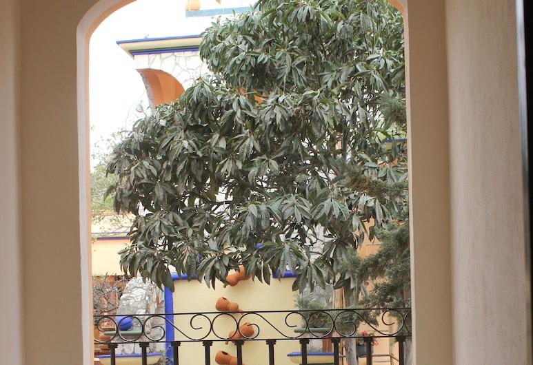 Hotel Feregrino, Ezequiel Montes, Svit Executive - balkong - utsikt mot trädgården, Gästrum