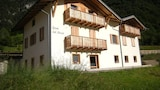 Book this Parking available Hotel in Ledro