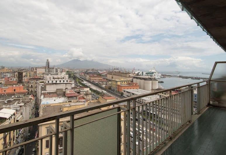 Apartment Duomo XI - BH 10, Napoli, Leilighet, 2 soverom, balkong, utsikt mot sjø, Utsikt fra rommet