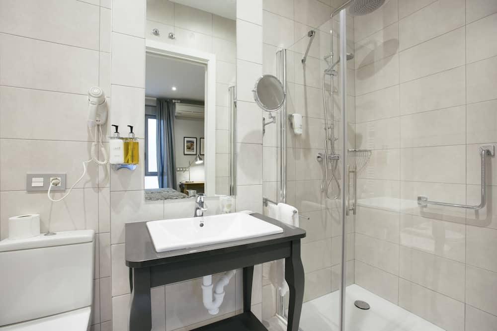 雙人房, 陽台 (Exterior) - 浴室
