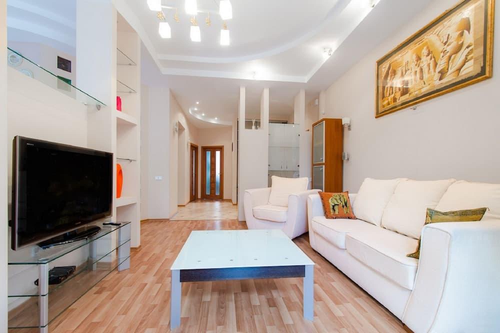 Apartamentai, 2 miegamieji (22, Prospekt Nezavisimosti) - Svetainė