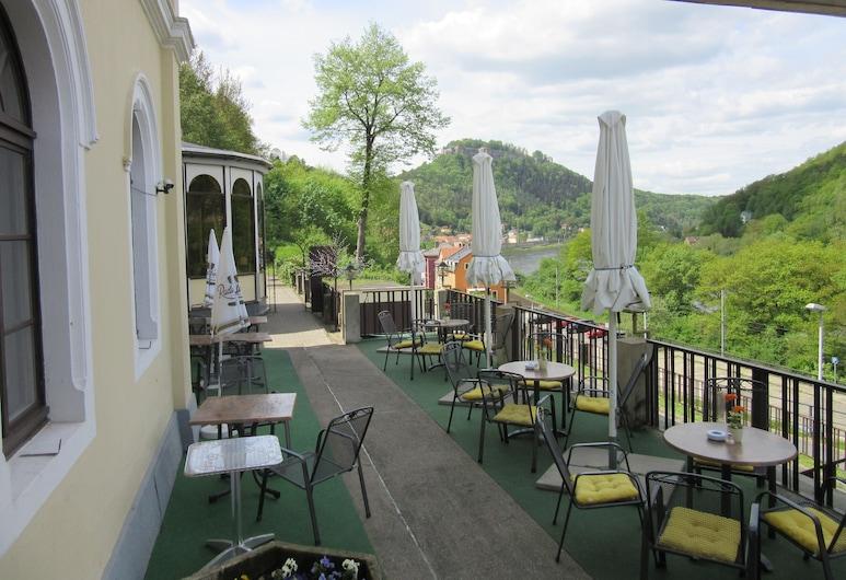 Hotel Lindenhof, Koenigstein, Teras/Veranda