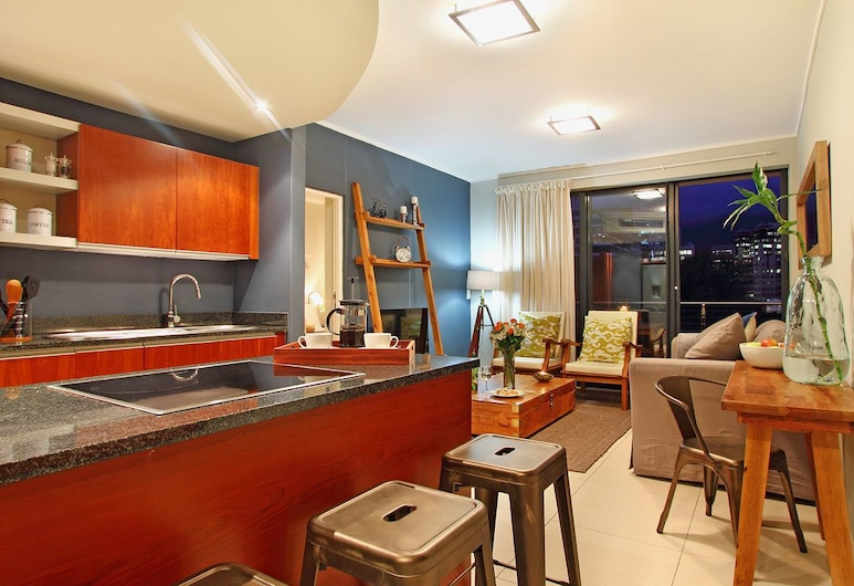 Afribode Acc Rockwell 305, Cape Town, Rockwell 305 , Living Area