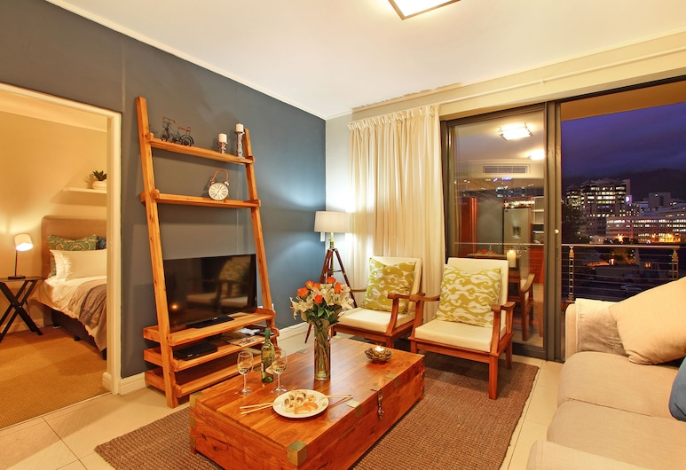 Afribode Acc Rockwell 305, Cape Town, Rockwell 305 , Living Room