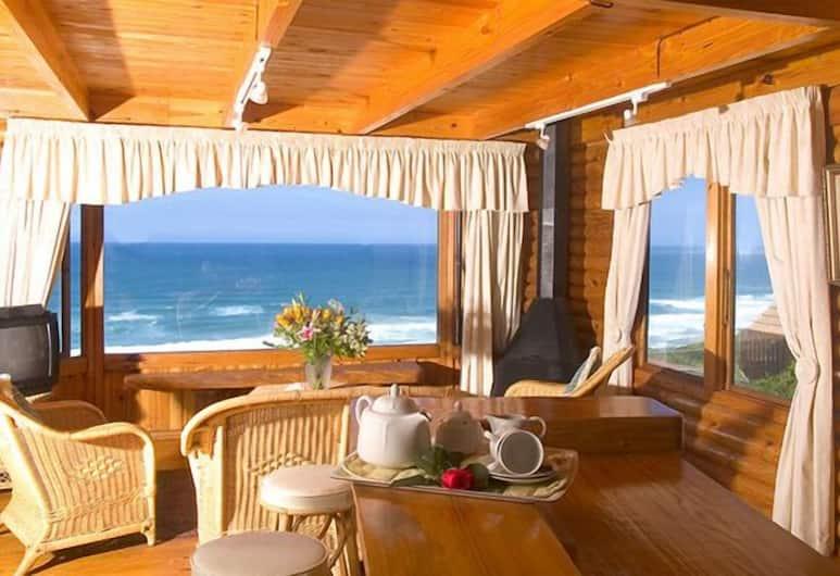 Brenton on Sea Chalets, Knysna, Room