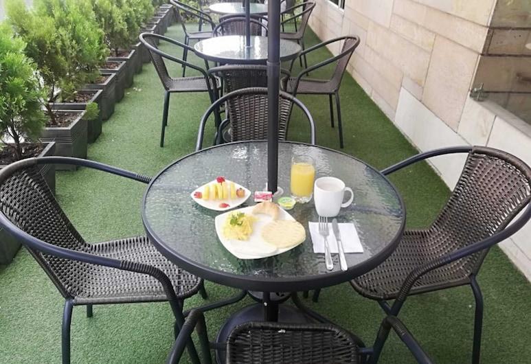 Hotel Boutique Laureles Medellín, Medellin, Deluxe-rum - bubbelbad, Terrass