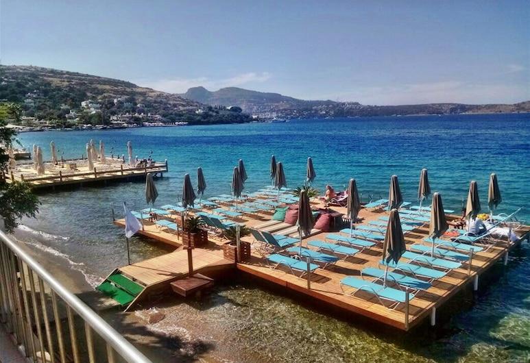 골코이 스위트 부티크 호텔, 보드룸, 해변
