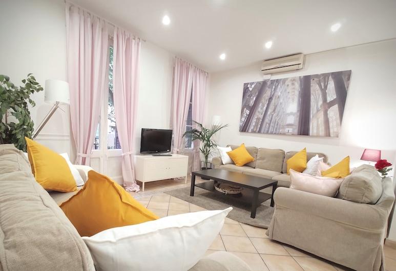 Espai Barcelona Rocafort Apartments, Barcelona, Apartmán, 4 spálne, balkón (Rocafort 3), Obývačka