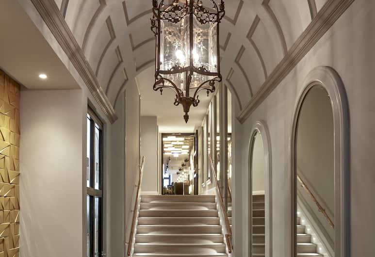 Sir Nikolai Hotel, Hamburgas, Įėjimas į viešbutį