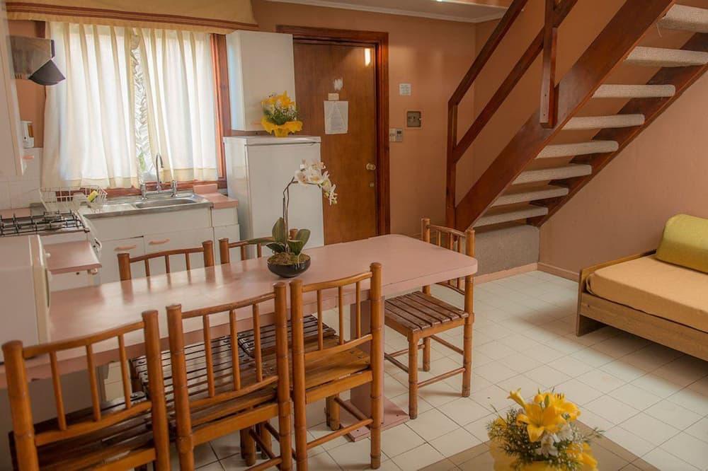 منزل صغير عائلي (6 paxs) - تناول الطعام داخل الغرفة
