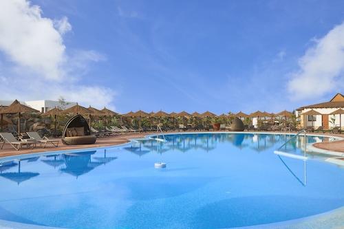 美利亞亞娜海灘渡假村及水療中心