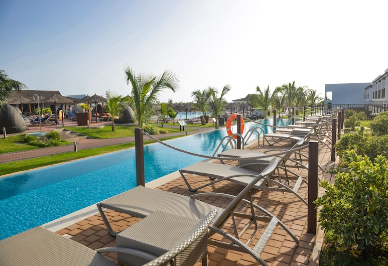 Melia Llana Beach Resort & Spa - All Inclusive  Adults Only, Sal, Doppelzimmer, Terrasse, Poolseite (MELIA GUESTROOM SWIM UP), Zimmer