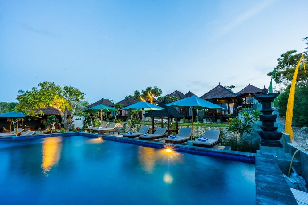 Kibata Boutique Hotel Lembongan Island Pool