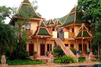 Picture of Coconut Beach Resort in Ko Chang