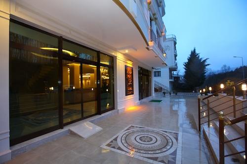 烏谷爾溫泉住宅酒店/