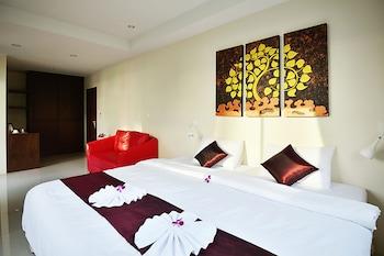 Picture of At Kamala Hotel in Kamala