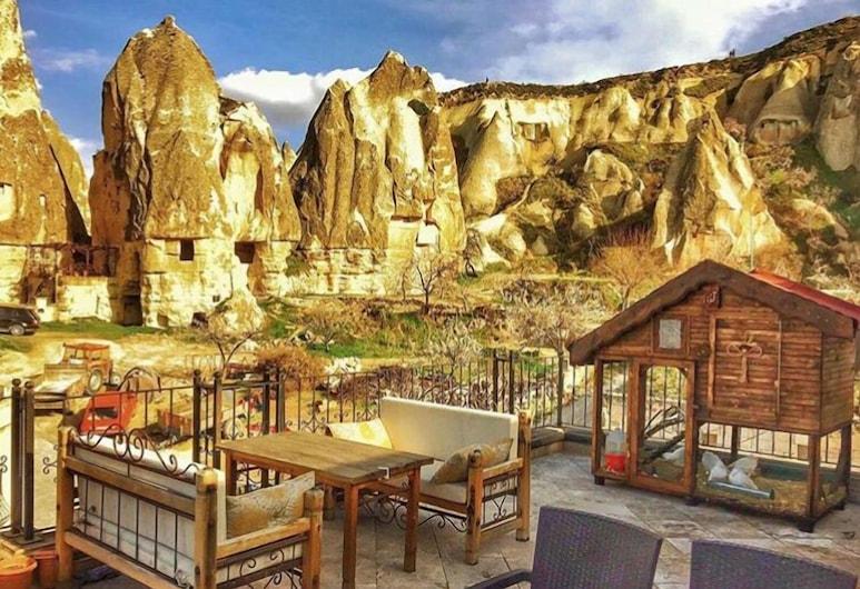 Cappadocia Stone Palace, Nevsehir, Terrace/Patio