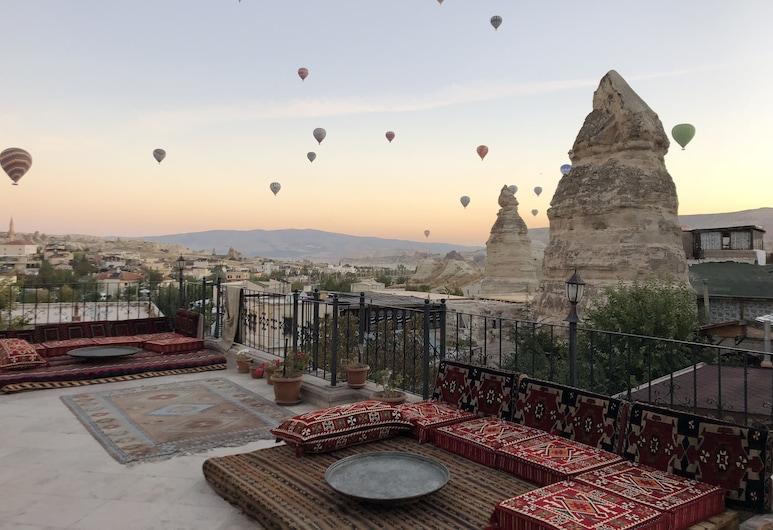 Cappadocia Stone Palace, Nevsehir
