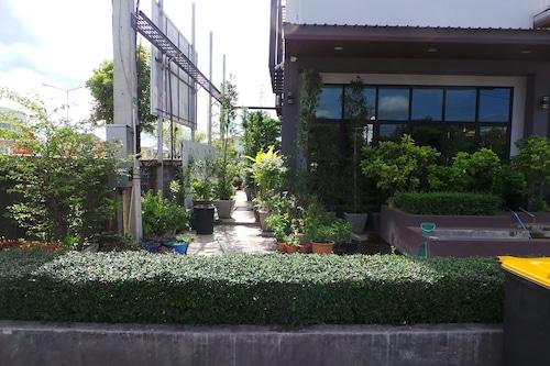 鳥天精品飯店/