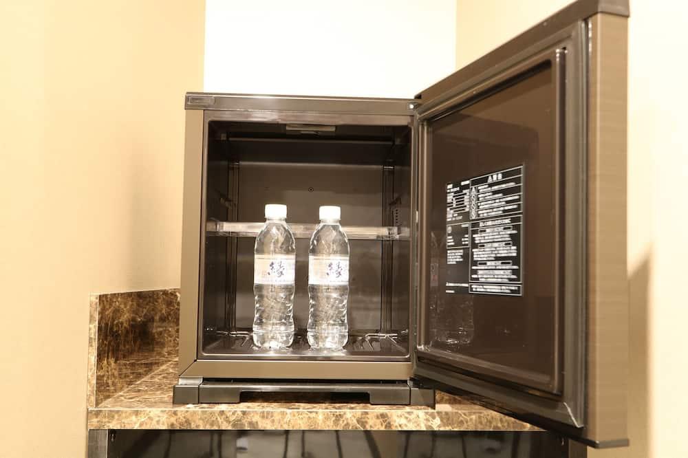 [別邸] デラックスキング 禁煙 - 小型冷蔵庫