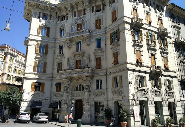 Hotel Genova Liberty, Janov