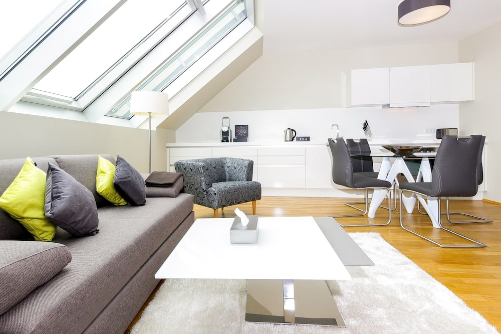 Last  minute Apartment, 1 Bedroom - Wohnbereich