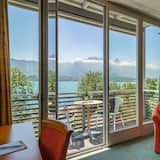 Tek Büyük Yataklı Oda, Göl Manzaralı, Göl Kenarı - Balkon