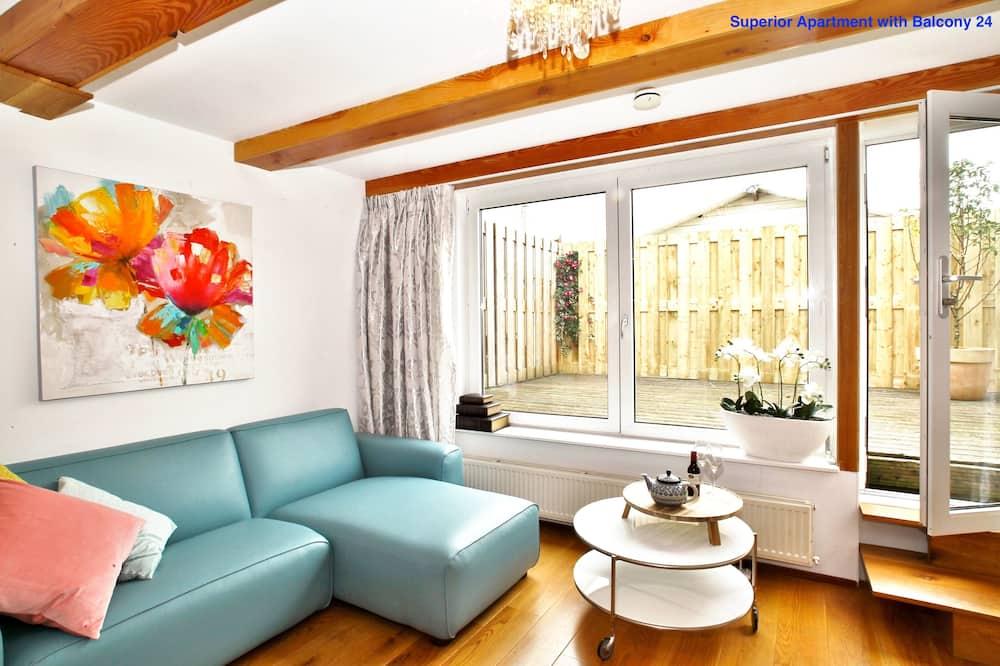 Lägenhet Superior - balkong - Vardagsrum