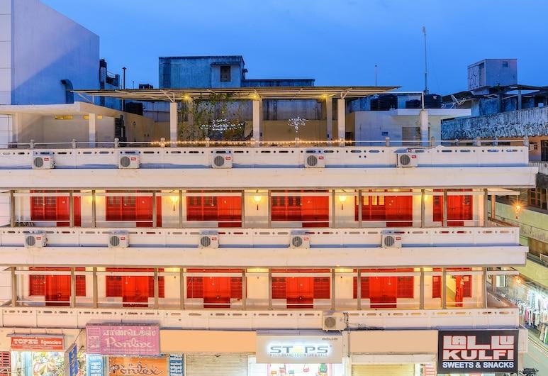 Treebo Trip Red Lotus Heritage Pondicherry, Pondicherry, Hotel Front – Evening/Night